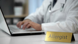 How to Know if You Should Visit an Allergist or Immunologist